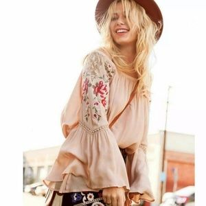 UMGEE Embroidered Ruffled Bell Sleeve Peasant Top